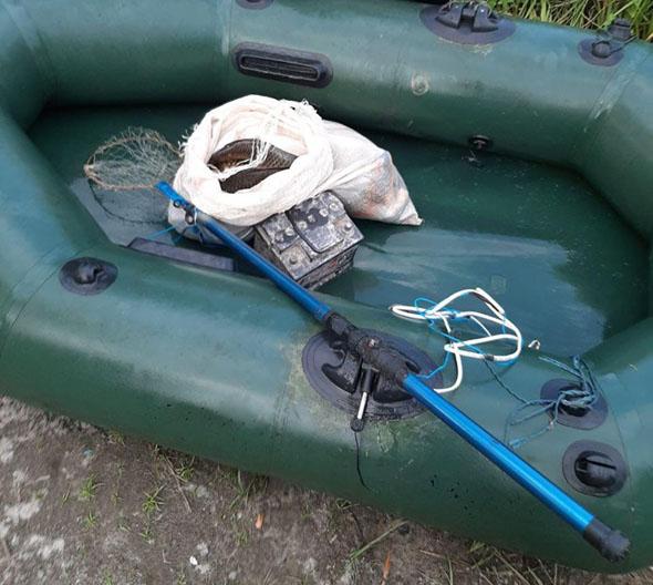 Запорізький рибоохоронний патруль затримав громадянина з електровудкою